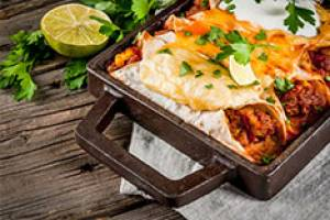 Enchilada de carne con chipotle y queso